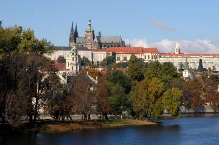 Пражский Град с Влтавы