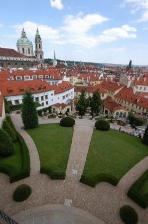 Вид на Прагу с Втрбовского сада