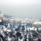 Петрин Хилл и Градчаны под снегом