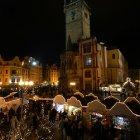 Рождественский рынок у староместской ратуши в Праге