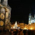 Астрономические часы и храм Девы Марии перед Тыном в Рождественскую пору