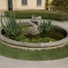 Изысканный фонтан в Вртбовском саду