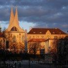 Эмаузский Монастырь освещенный вечерним солнцем