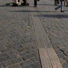 Меридииан, по которому в Праге определяли время в прошлом