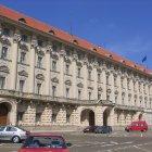 Передний фасад Чернинского Дворца