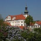 Бржевновский монастырь весной