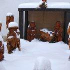 Рождественские ясли в снегу в Праге
