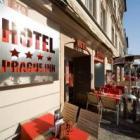 Вход в Prague Inn